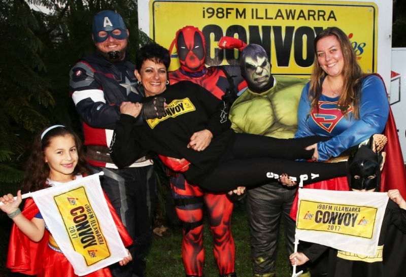 Local postie Mary walks to help i98fm Illawarra Convoy support local families
